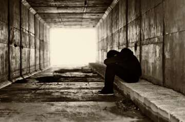 Maltreatment in childhood linked to more severe, less responsive mental illness in adulthood