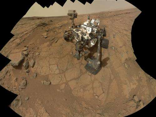 Mars rover back in action after computer problems