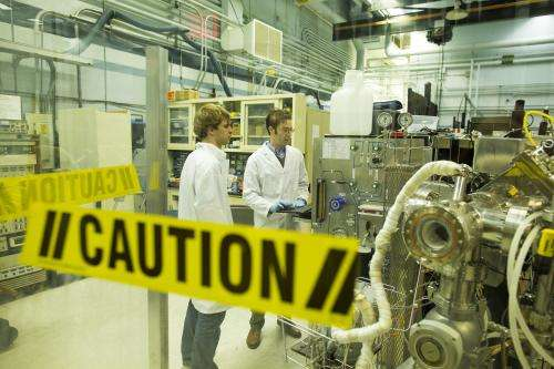 Mimicking nuclear reactor damage is goal of $5 M grant
