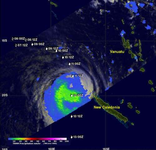 NASA sees large decrease in Cyclone Sandra's rainfall intensity