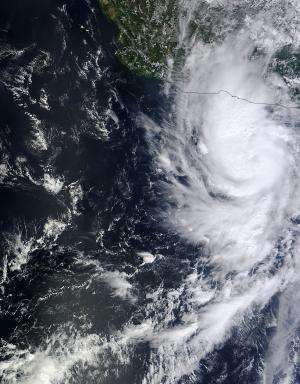 NASA sees major Hurricane Raymond lashing western Mexico