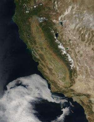 NASA sees Springs Fire rage Near Malibu, Calif.