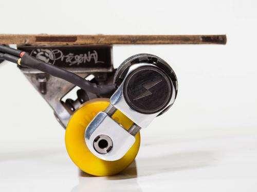 Nuclear engineer creates novel skateboard propulsion