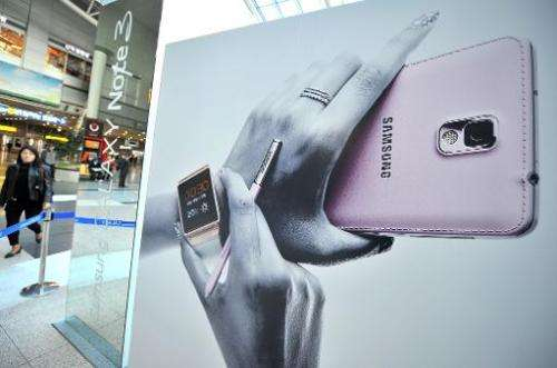Samsung shipped a record 88.4 million smartphones in the third quarter to take its global market share above 35%