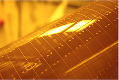 Scientists develop new materials for board-level photonics