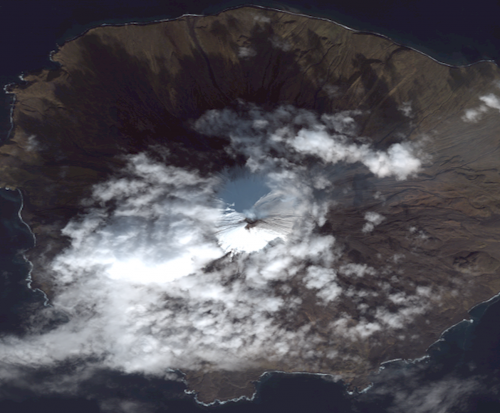 Scientists monitoring, providing alerts on Pavlof and Cleveland volcanoes