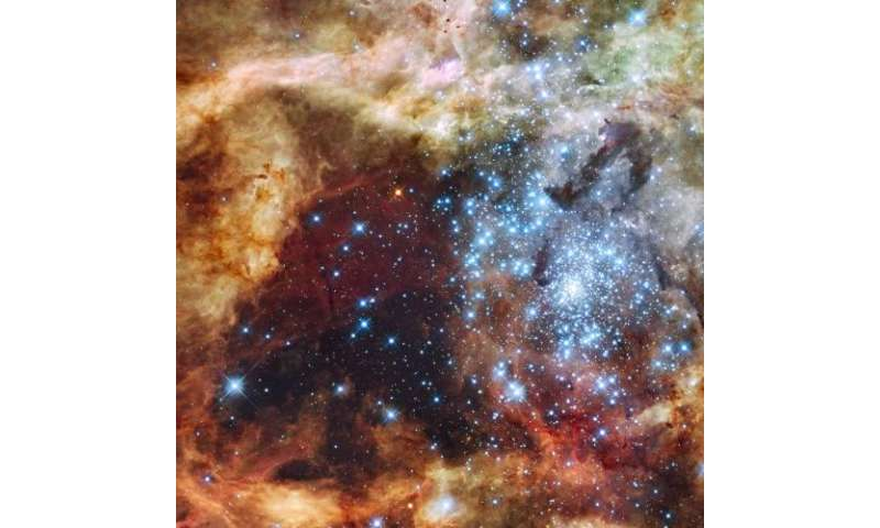 Stellar monsters do not collide -- no hope for a spectacular catastrophe