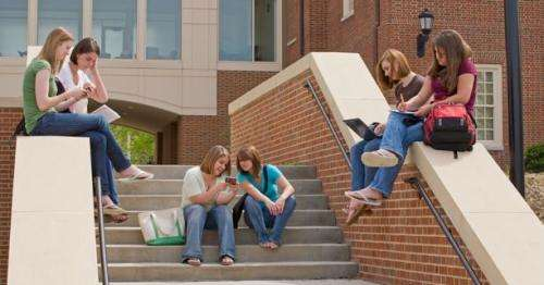 Study explores promoting teen health via text message