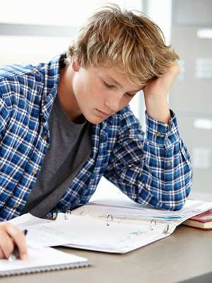 Teen night owls likely to perform worse academically, emotionally