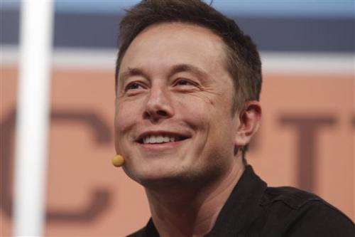Tesla chief expects US to clear Model S in fires
