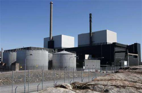 Wave of jellyfish shuts down Swedish nuke reactor