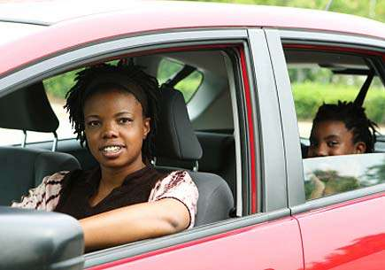 'Windshield' tours promote understanding of the roots of infant mortality