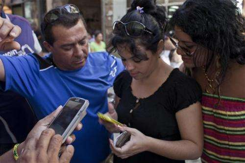 Cuba mobile email experiment causes chaos
