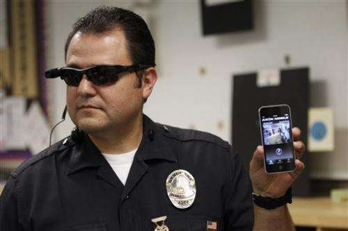 Officers' body cameras raise privacy concerns