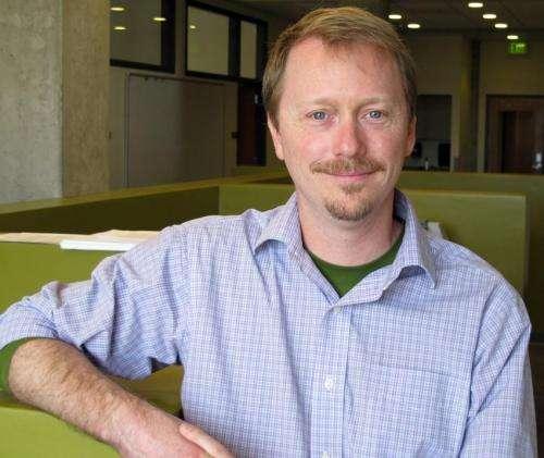 Oregon researchers capture handoff of tracked object between brain hemispheres