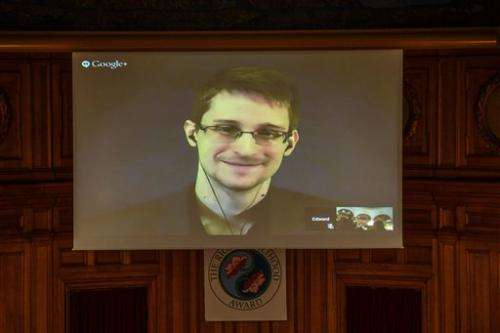 Snowden calls on UN to protect privacy, rights