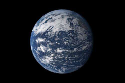 Would Earth look like a habitable planet from afar?