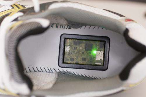 Researchers develop a device for running shoes that prevents injuries