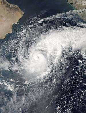 NASA's Aqua satellite eyeing Tropical Cyclone Nilofar in Arabian Sea