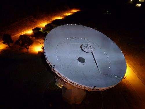 Catching signals from a speeding satellite