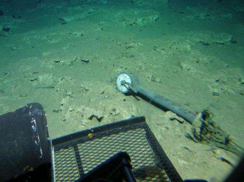 HURL and NOAA team discover intact 'ghost ship' off Hawai'i