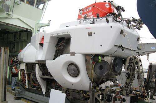 Scientists assist field test of newly redesigned Alvin deep-sea submersible