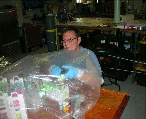 "Study resolves controversy over nitrogen's ocean ""exit strategies"""