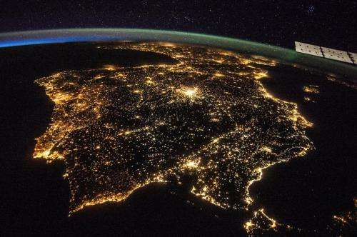 Space Station sharper images of Earth at night crowdsourced for science