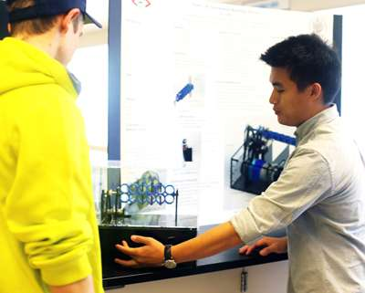 Engineering students develop clock-inspired, electronics-free device to transport stem cells on planes