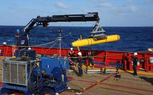This handout image taken on April 1, 2014 and received on April 8, 2014 from the US Navy shows the Bluefin 21 Artemis autonomous