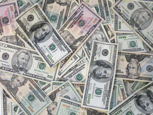 Study suggests cash affects crime