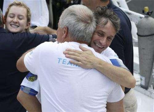 Fabien Cousteau ends mission at undersea lab