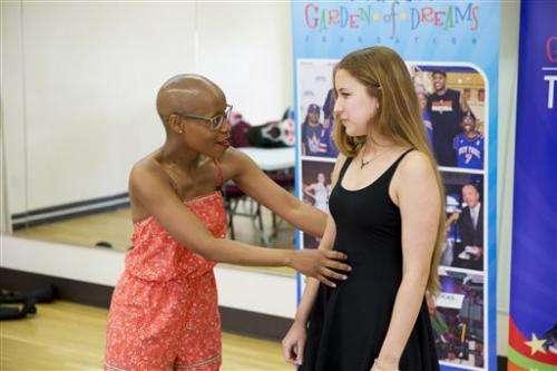 A Broadway cancer survivor mentors young singers