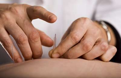Acupuncture helps young patients manage pain and nausea