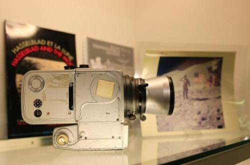 "A Hasselblad 500EL ""Data Camera HEDC Nasa"" Jim Irwin Lunar Module Pilot camera, dated from 1968, used on the moon duri"