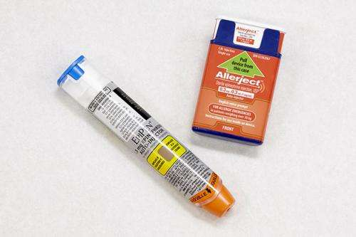 Allergists to study epinephrine auto-injector program at downtown mall