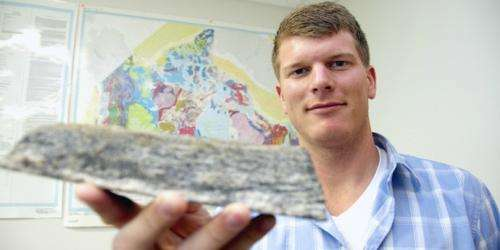 Ancient rocks yield clues about Earth's earliest crust