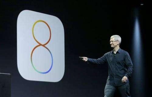 Apple stock falls amid new iPhone glitches