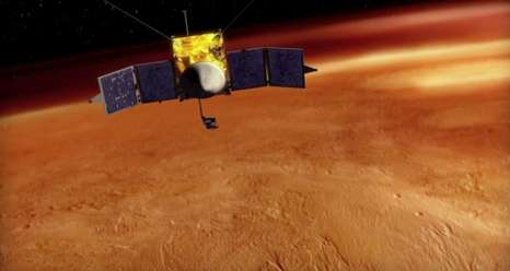 Colliding atmospheres: Mars vs Comet siding spring