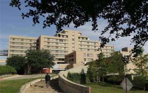 Dallas hospital confirms first Ebola case in US