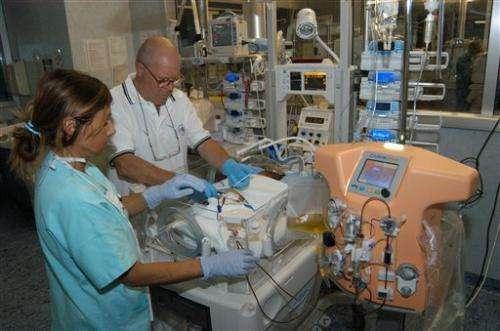 Doctors design mini dialysis machine for babies
