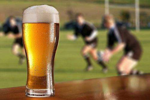 Does binge drinking affect rugby performance?