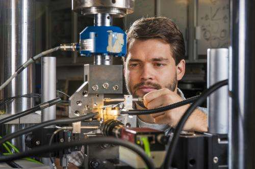Engineers fill gaps by linking atomic structure with how parts perform