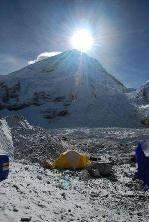 Everest expedition provides first evidence of effects of altitude on blood pressure