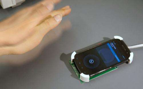 SideSwipe: UW team uses in-air gestures for phones