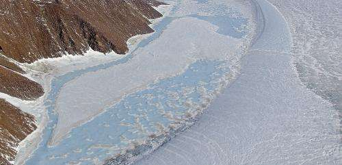 Hidden movements of Greenland Ice Sheet, runoff revealed