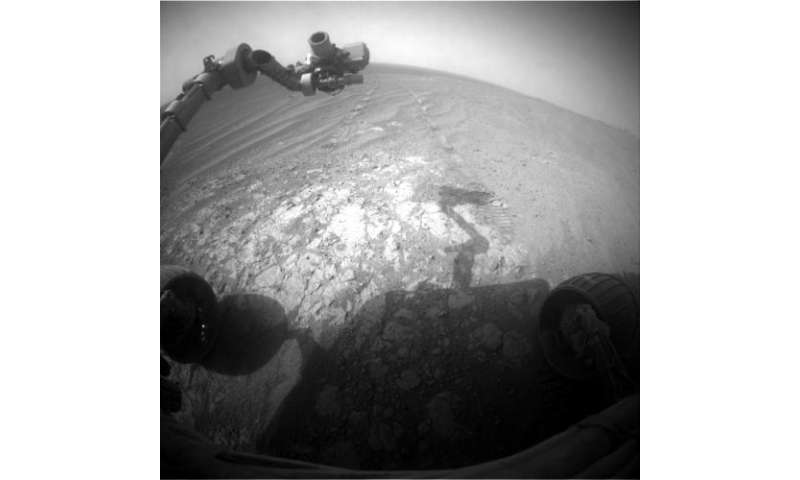 Image: Opportunity pausing at a bright outcrop on Endeavour rim, Sol 3854