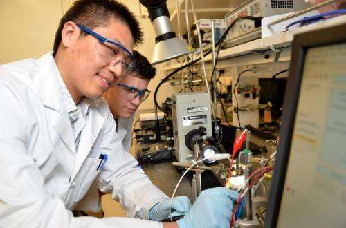 JCAP stabilizes common semiconductors for solar fuels generation