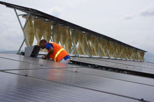 Kingston, Jamaica hybrid project to harness sun and wind