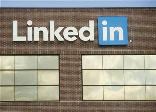 LinkedIn reports 3Q loss but sales climb